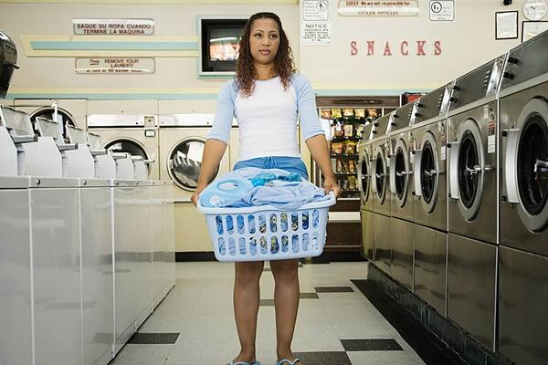 170714-laundry-teen-stock-834a_5dac9d79a0e24b21b6a7575aa4407b1e.nbcnews-fp-1200-800